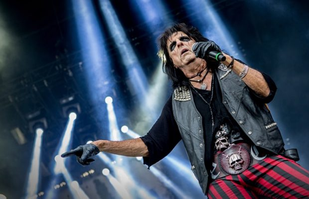 Alice Cooper met 'Spend The Night With Alice Cooper' tournee 5 december @ Brielpoort!