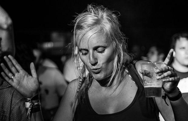 Fotoverslag Feest In Het Park met Band Of Skulls, dEUS, Drumsound & Basseline Smith, Girls In Hawaii en Wallace Vanborn!