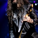 slash-featuring-myles-kennedy-the-conspirators-13
