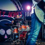 live-a-life-rusty-bones-2014-9